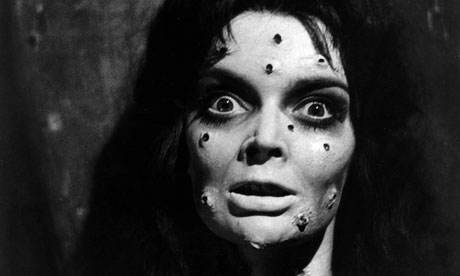 Barbara-Steele-in-Mask-of-007