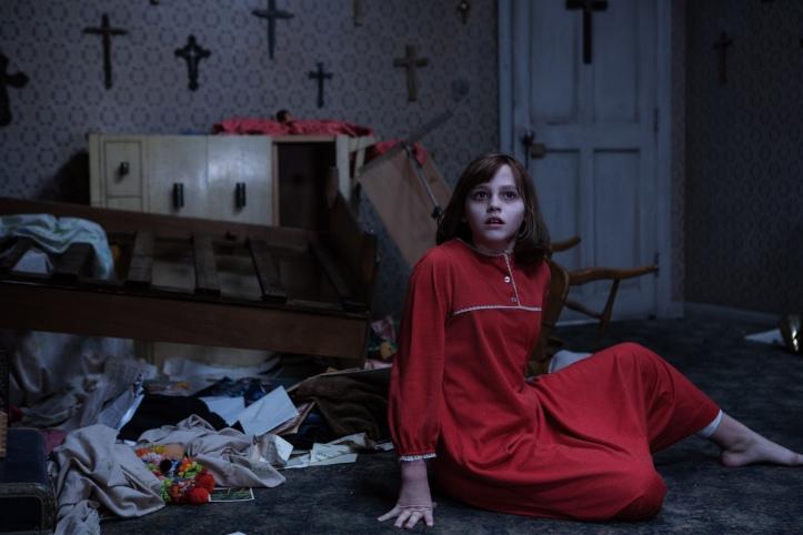 """A pequena Janet Hodgson (Madison Wolfe) em """"Invocação do Mal 2"""""""