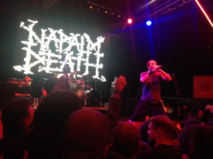 Napalm Death no palco do Clash Club, em São Paulo